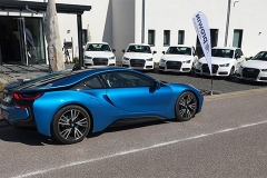Am Tag der Pressekonferenz fand auch noch eine Autoübergabe an Berater statt. Allerdings nicht der BMWi8 - der gehört dem Gründer Ingolf Winter.