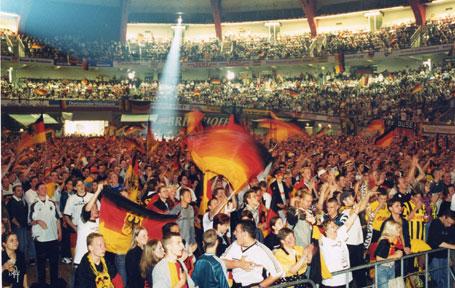Party in der Dortmunder Westfalenhalle
